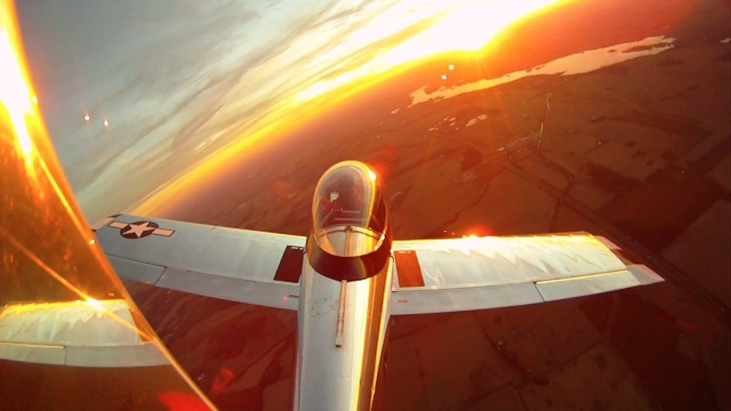 RV-8 at sunrise