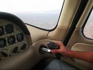 flight controls cirrus